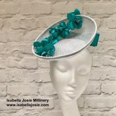 Silber and Jade Saucer Hat by Isabella Josie Millinery